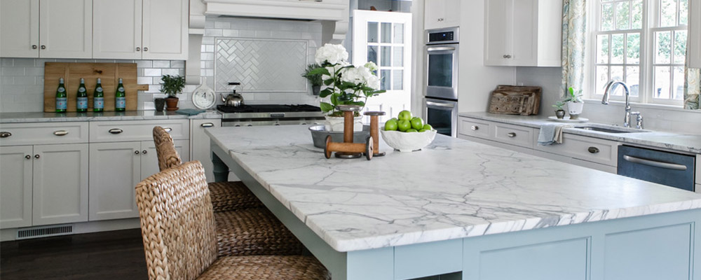 kitchen renovation tips. beautiful kitchen inspiration. kitchen upgrade. kitchen cabinets.
